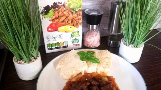 vegan, vegetarian, vegansky madarsky gulas, sojove maso